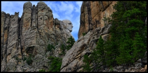 first glimpse of mt rushmore